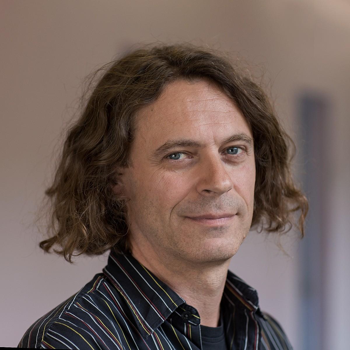 Porträt Arno Riedl